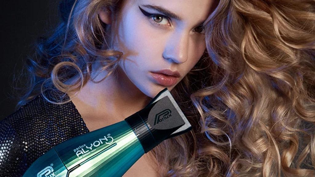 technologie OPTI Sèche-cheveux ionique Remington AC9140 PROluxe avec moteur c.a