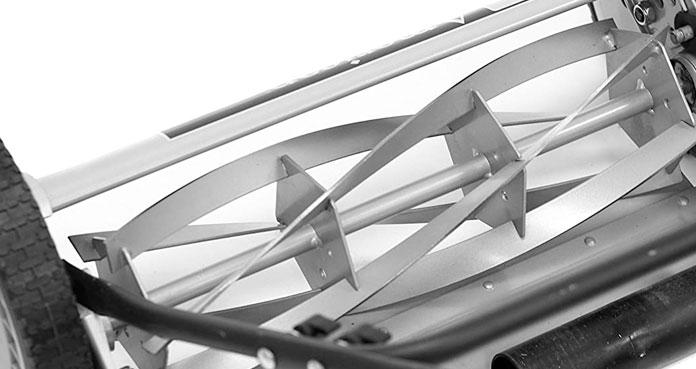 Cylindre de coupe à lames hélicoïdales de tondeuse manuelle